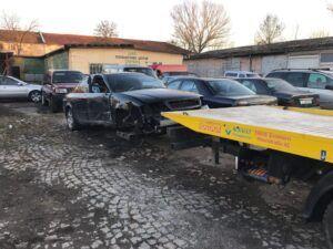 """Превоз на автомобил без предни гуми със специализиран уред наречен """"вилици"""" или """"колесар"""""""