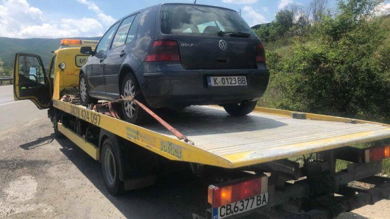 Закъсал Golf 4 по магистралата - Пътна Помощ 24/7 RoadHelp.bg