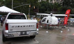 Workhorse показва електрически пикап и хеликоптер в Манхатън